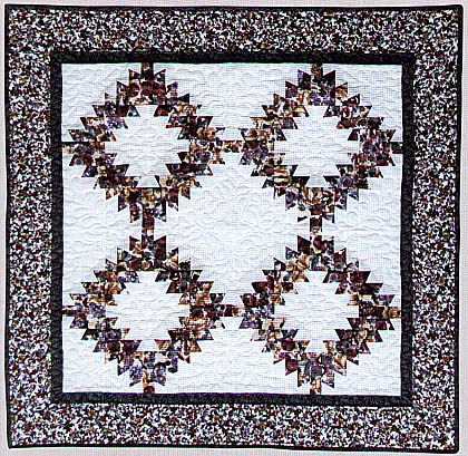 Holiday Wreath Quilt Pattern LGD-0221